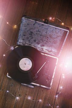 Inspiration: Crosley Cruiser Ice Velvet Vinyl Record Player