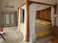 4 Bedroom/.5 Bathroom 3-Floor Home in Pacheco - Buenos Aires, Argentina - http://www.argentinahomes.com/properties/?id_prop=15887
