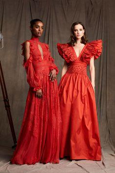 Zuhair Murad Pre-Fall 2020 Collection - Vogue Source by Fashion 2020 Fashion Moda, Mori Fashion, Red Fashion, Fashion Week, Fashion 2020, Runway Fashion, Fashion Dresses, Vogue Fashion, Fall Fashion