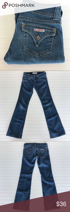"Hudson Signature Boot Cut, Low Rise Jeans, Size 28 Hudson Signature Boot Cut, Low Rise, Form Fitting Jeans Size 28 Inseam 33.5"" General wear with small amount of fraying on end. See pictures. Comes from a smoke free home.  Check out my other listing for a bundle deal. Happy Shopping🛍🛍 Hudson Jeans Jeans Boot Cut"