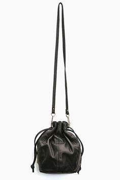 Aslan Bucket Bag