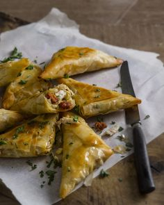 Food Urchin's crisp filo parcels are a Spanish twist on a traditional Moroccan briouat, and can be adapted to many different ingredients and flavours. Here they are packed with chicken, chorizo and manchego cheese.