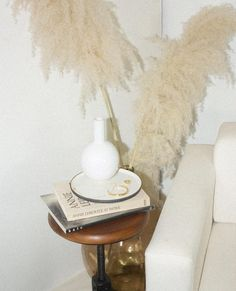 interior design + inspiration + home + style + photography Decorative Accessories, Decorative Items, Table Accessories, Interior Styling, Interior Decorating, Interior Paint, Hippie Stil, Ideas Para Organizar, Pampas Grass