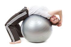 Ci którzy nie dysponują wystarczającą gotówką aby korzystać regularnie z siłowni, a jednak pragną zadbać o swoją sylwetkę i nie tylko, mogą wybierać spośród wielu przyrządów do ćwiczeń, na które nie trzeba wydawać znacznych kwot, a przy użyciu których można się wzmacniać, kształtować i zyskać kondycję, której do tej było ...