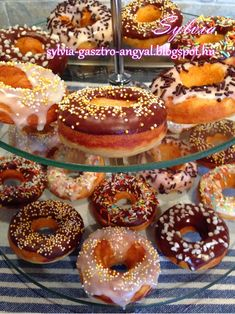 Winter Food, Doughnut, Donuts, Muffin, Mini Donuts, Recipies, Frost Donuts, Beignets, Muffins