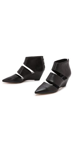 #sigersonmorrison #shoes #booties #cutout #belle #black