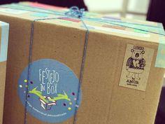 E vem fim de semana por aí....  Festinhas lindaaaaaaaasssss nesse mês de Junho! Viva viva!     É muita emoção abrir um Box da Festejo! Tem amor dentro de cada  caixa sim!          #NaFestejoCadaFestaÉÚnica!  Saiba mais em nosso site! . . #BoxFestejo #FestinhasEmCasa #ComemoreComAFestejo #FestejeComAFestejo #FestaDeCrianca #FestaDeCriança #FestaInfantil #FestaPersonalizada #FestaEmCasa #PartyDecor #KidsParty #CompreDasMães #AquiTemMãeEmpreendedora #Maternativa #DioramaFestejoInBox…