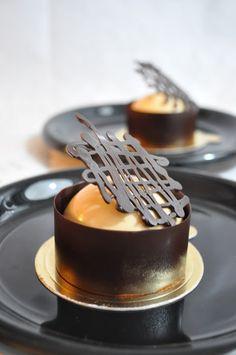 Meringue Desserts: Earl grey & baileys milk chocolate mousse cake - Recipe plating and presentation