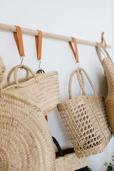 A Pair & A Spare   DIY Hanging Bag Rack