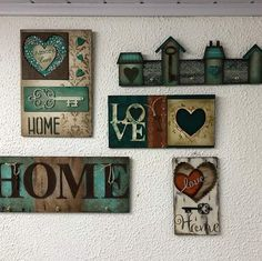 Painted wood signs decor stencils Ideas for 2019 Diy Furniture Projects, Wood Projects, Arte Pallet, Handmade Gifts For Friends, Wood Furniture Living Room, Pintura Country, Mold Making, Valentines Diy, Diy Crafts To Sell