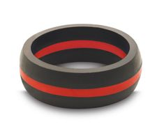 QALO silicone rings are made specifically for the active lifestyle providing a safe, comfortable alternative to the typical engagement & wedding ring bands. Best Jewelry Stores, Jewelry Shop, Man Jewelry, Copper Jewelry, Black Lipstick Makeup, Wedding Cards Handmade, Silicone Rings, Mens Silver Rings, Wedding Band Sets