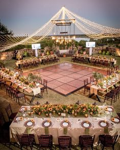 rustic lighting wedding reception decor Bring a burst of romance to your big day by incorporating wow-worthy light fixtures into your wedding decor. We're sharing our favorite wedding lighting ideas Star Wedding, Wedding Tips, Fall Wedding, Wedding Ceremony, Dream Wedding, Wedding Planning, Tuscan Wedding, Wedding Country, Country Weddings
