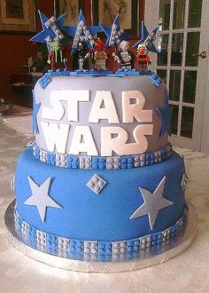 Star Wars Lego Cake CustomDesignCatering.com