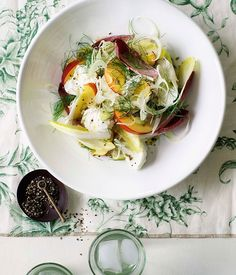 Australian Gourmet Traveller salad recipe for buffalo mozzarella with nectarine, witlof and Champagne dressing Salad Recipes, Healthy Recipes, Wine Recipes, Buffalo Mozzarella, Le Diner, Tasty, Yummy Food, Mets, Slow Food