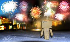 Amazon Box Robot | happy-new-year-amazon-box-robot.jpg