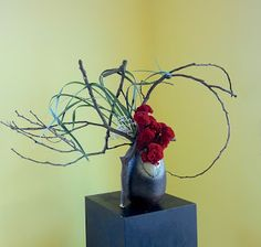 disassembling and rearranging the material ikebana - Google 検索