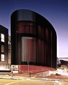 Gallery in Rosebank, Johannesburg, South Africa Contemporary Architecture, Amazing Architecture, Architecture Details, Interior Architecture, Stairs Architecture, Cultural Architecture, Contemporary Art, Building Design, Building Facade