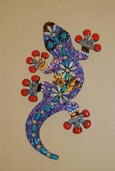 Mosaic Gecko by NatureUnderGlass on Etsy Mosaic Tile Designs, Mosaic Patterns, Mosaic Tiles, Mosaics, Mosaic Stepping Stones, Stone Mosaic, Mosaic Glass, Mosaic Wall Art, Mirror Mosaic