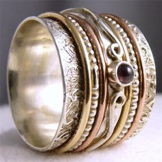 US 7 3/4 ~ 925 Stg Silver/GARNET SilverSari Chunky 3-Tone 7-Spin SPINNER RING #SilverSari #Spinner #Rings