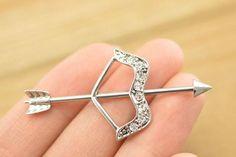 40 New ideas for piercing oreja transversal Ear Jewelry, Cute Jewelry, Body Jewelry, Unique Jewelry, Jewellery, Dermal Piercing, Peircings, Ear Piercings, Piercing Industrial Oreja