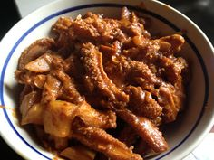 Cooking beef tripe can be tricky. Under cooking the tripe makes it tough to eat. Over cooking it makes it too soft and can be mushy. Tripe Recipe Asian, Tripe Recipes, Oxtail Recipes, Jamaican Recipes, Curry Recipes, Indian Food Recipes, Asian Recipes, Beef Recipes, Soup Recipes