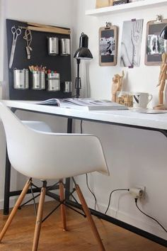 Bureaux on pinterest bureaus desks and school desks - Bureau de travail maison ...