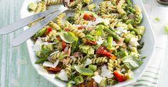 Pripravte si recept na Cestovinový šalát so špargľou s nami. Cestovinový šalát so špargľou patrí medzi najobľúbenejšie recepty. Zoznam tých najlepších receptov na online kuchárke RECEPTY.sk.