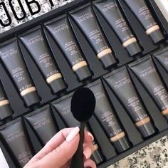 Oh My! You've just got to try our NEW Mary Kay Age Fighting Foundations! www.marykay.com/tseals Base Mary Kay, Mary Kay Ash, Mary Mary, Mary Kay Foundation, Foundation Brush, Perfectly Posh, Maquillage Mary Kay, Imagenes Mary Kay, Mary Kay Brasil