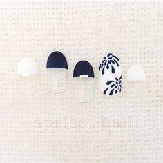 Love this Japanese summer nail design! Aloha Nails, Japan Nail Art, Nail Pops, Nail Time, Latest Nail Art, Feet Nails, Japanese Nails, Pretty Nail Art, Fabulous Nails