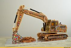 This one is too complicated, but the boys do like construction equipment. Gingerbread Icing, Gingerbread Christmas Decor, Christmas Mood, Gingerbread Houses, Gingerbread Recipes, Christmas 2019, Holiday Fun, Christmas Ideas, Merry Christmas