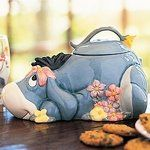 DISNEY EEYORE COOKIE JAR This auction is for a brand new Disney Eeyore Cookie Jar! This adorable Eeyore cookie jar features the loveable Eeyore in an adorable pose. Eeyore Gifts, Eeyore Pictures, Antique Cookie Jars, Teapot Cookies, Love Is Cartoon, Christmas Cookie Jars, Disney Cookies, Vintage Cookies, Cute Cookies