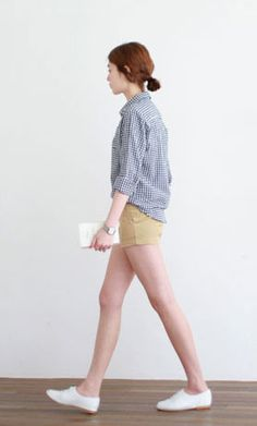 this has pretty much been my 2013 summer look....only my hair is really long and i wear it in a 1970's-ish ponytail.
