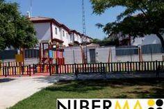Construcción de Parques Infantiles   Mobiliario Urbano