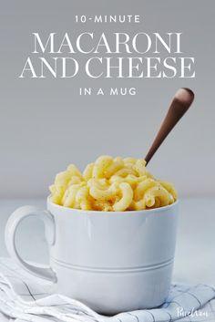 10-Minute Macaroni and Cheese in a Mug via @PureWow