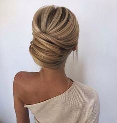 hair bridesmaid hair styles long hair down hair wedding hair hair with combs hair jewels hair idea hair style for short hair Bride Hairstyles, Pretty Hairstyles, Formal Hairstyles, Classy Updo Hairstyles, Hairstyle Wedding, Chignon Hairstyle, Hairstyles Haircuts, Chignon Updo Wedding, Engagement Hairstyles