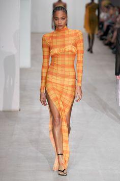 Supriya Lele Spring 2020 Ready-to-Wear Fashion Show - Vogue Runway Fashion, High Fashion, Fashion Show, Womens Fashion, Fashion Trends, Fashion Poses, Vogue Fashion, Fashion Weeks, Fashion Editorials