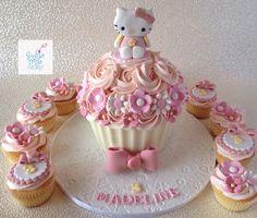 Giant Cupcake/Hello Kitty/ Sophia Mya Cupcakes