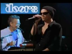 The Doors Feat. Scott Weiland - Five to One - Jim Morrison reincarnated!