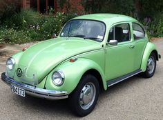 Now this, THIS is the REAL & ORIGINAL VW Beetle.