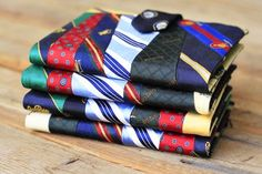 A handmade blanket from neckties is one of my most prized possessions! Here are 20 more unique necktie crafts that I'd love to try. fathers day gift ideas diy, fathers day crafts for adults, fathers day for husband Diy Father's Day Gifts, Father's Day Diy, Memories Photo Album, Necktie Quilt, Old Ties, Tie Crafts, Yarn Crafts, Fathers Day Crafts, Mini Photo