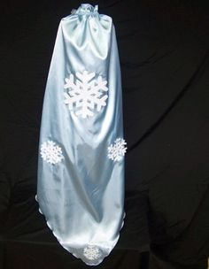 Elsa Frozen Capes with train by CupcakeCutieKids on Etsy