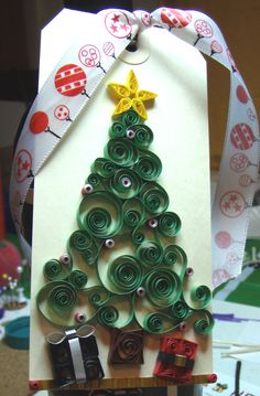 quilled Christmas tag