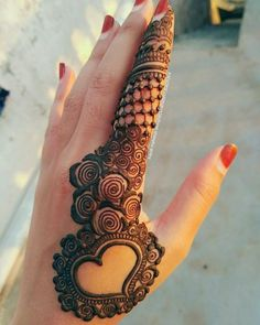 Gorgeous Sideways Heart Style Henna Designs