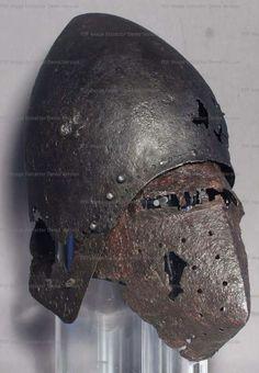 Bascinet, Germanisches Nationalmuseum, Nuremberg 1370-1380 ref_arm_1595_001