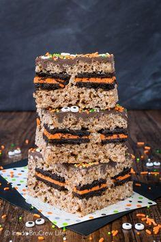 Halloween Oreo Stuffed Rice Krispie Treats