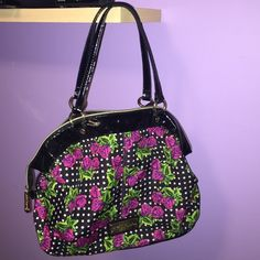 ⚡️SALE⚡️Betsey purse! ✨ Gorgeous bag! Gold hardware. Just like new minus slight minor wear on the handles (pic 3) no other damage whatsoever! Betsey Johnson Bags Shoulder Bags
