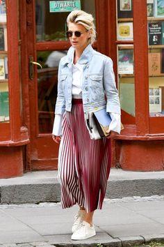 Moda na retro: gwiazdy noszą plisowane spódnice - PUDELEK