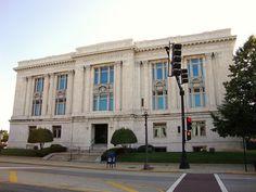 Madison County, Illinois Courthouse (Edwardsville, Illinois) by courthouselover, via Flickr