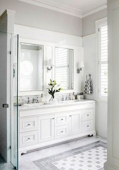 Small Apartment Bathroom Remodel Ideas Small Apartment Bathroom Remodel Ideas Related Post Ordering Tile Online to Save Money 20 Bohemian bathroom ideas Bathroom Remodel Complete 8 Small Bathroom Designs You Should Copy White Bathroom Furniture, Bathroom Interior, White Furniture, Bad Inspiration, Bathroom Inspiration, Bathroom Colors, Small Bathroom, Bathroom Ideas, Bright Bathrooms