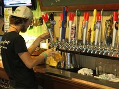"""Mr. Beery's is a Must Do craft beer bar in Sarasota featuring 24 rotating taps of craft beer, local gms, American Microbrews and cider where the motto is """"No crap on tap!"""""""